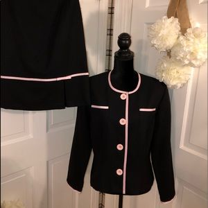Dressbarn. Women's Two Piece Suit